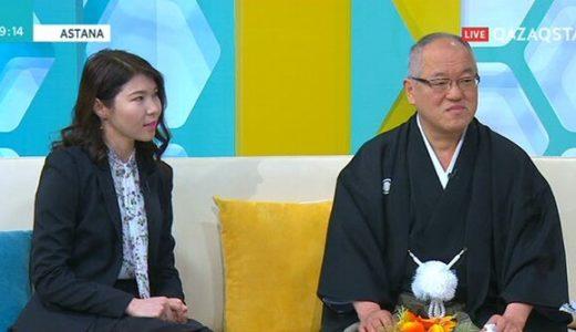 日本の大使を務める葛西達彦氏が歌を演奏!